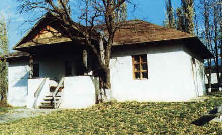 casa_memoriala_m_eminescu_din_ipotesti