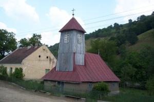 biserica din calina